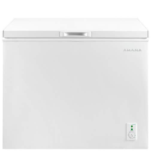 Amana Freezer 39 White AQC0701GRW in White color showcased by Corbeil Electro Store