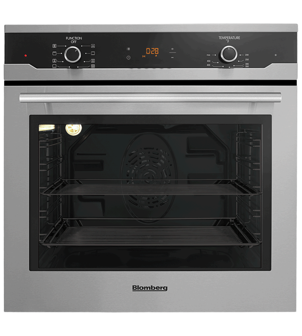 Blomberg Oven 23inch in Stainless Steel color showcased by Corbeil Electro Store