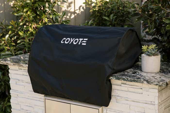 Coyote Accessoire pour extérieur en couleur Noir présenté par Corbeil Electro Store