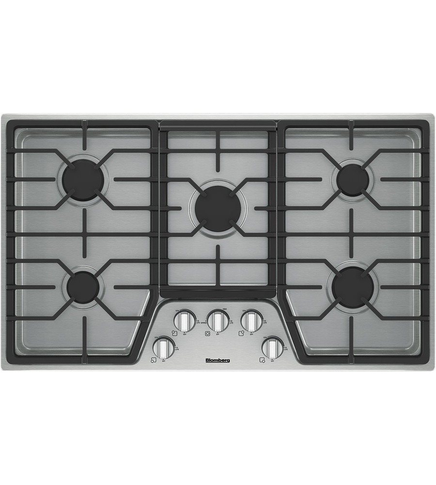 Blomberg Cooktop 36inch in Stainless Steel color showcased by Corbeil Electro Store