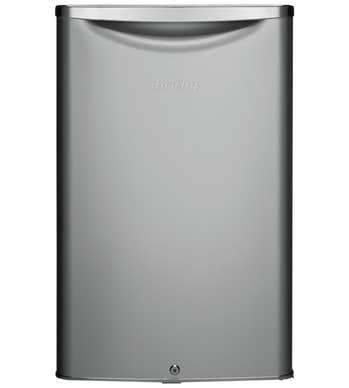Danby Refrigerateur 21 DAR044A6 présenté par Corbeil Electro Store