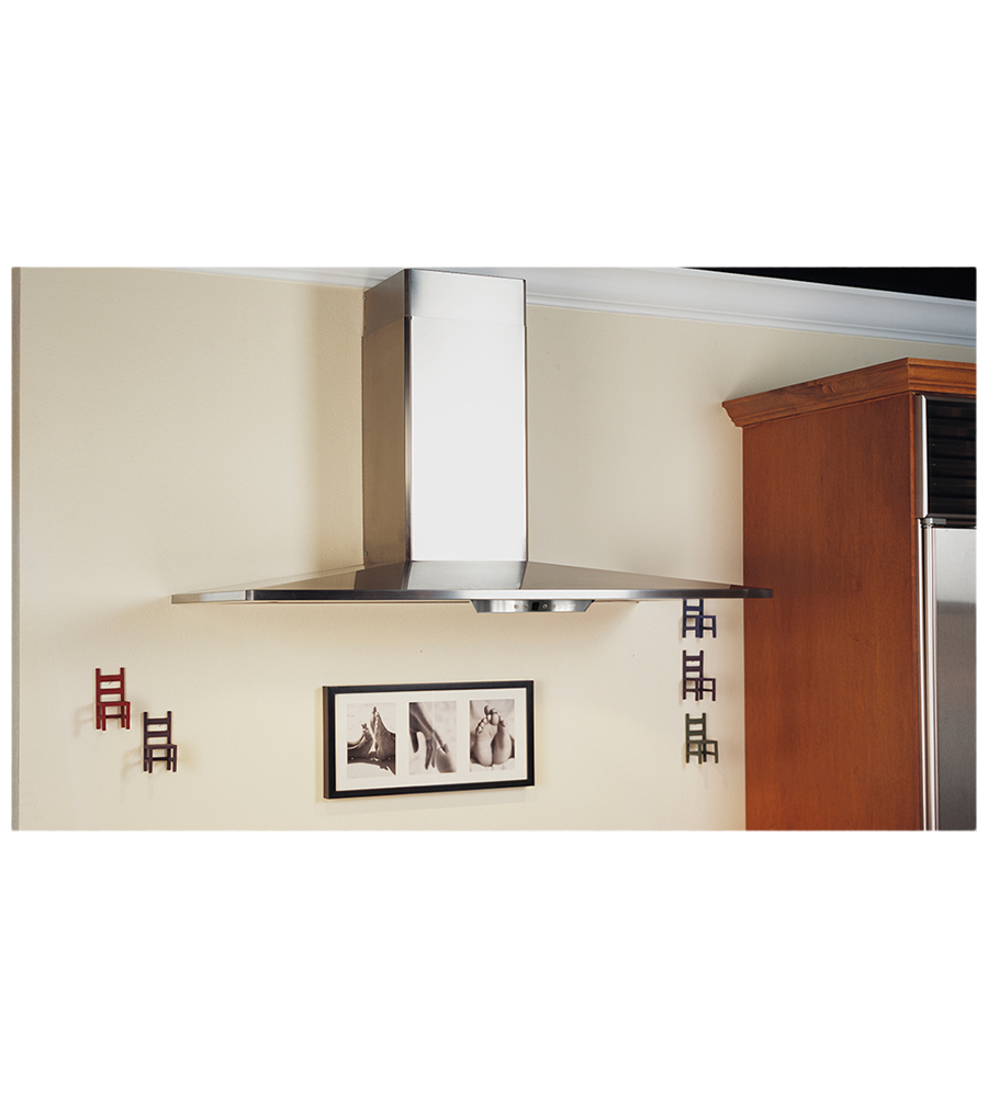 Faber Rangehood 48inch in Stainless Steel color showcased by Corbeil Electro Store