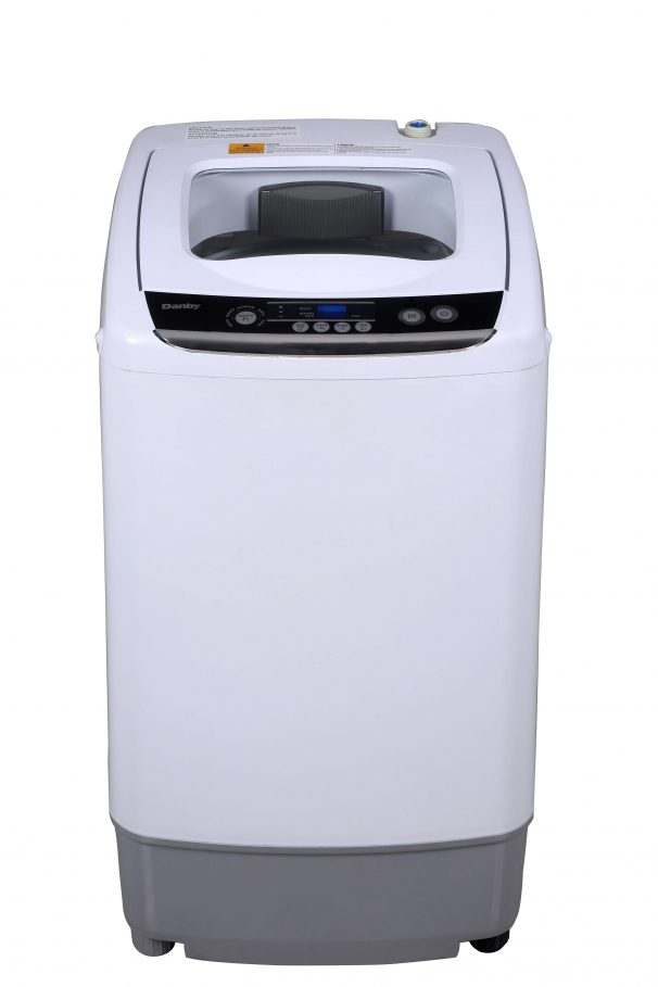 Danby Washer 18 White DWM030WDB-6 in White color showcased by Corbeil Electro Store