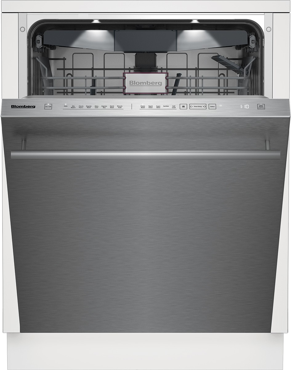 Blomberg Dishwasher 24inch Stainless Steel DWT81800SSWS showcased by Corbeil Electro Store