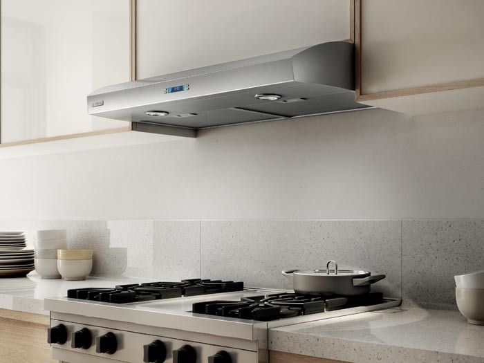 Elica Range hood 30 StainlessSteel EBL430SS in Stainless Steel color showcased by Corbeil Electro Store