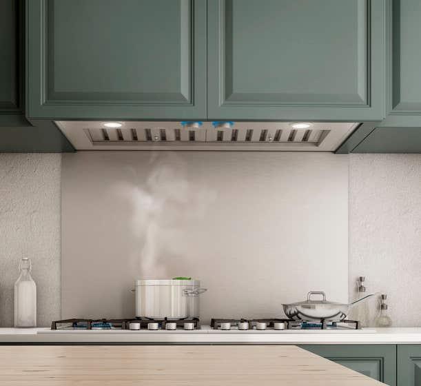 Elica Hotte de cuisinière  ETR634SS en couleur Acier Inoxydable présenté par Corbeil Electro Store