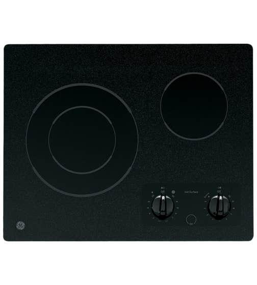 GE Surface de cuisson en couleur Noir présenté par Corbeil Electro Store