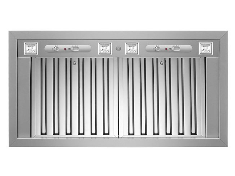 Bertazzoni Rangehood 34inch in Stainless Steel color showcased by Corbeil Electro Store