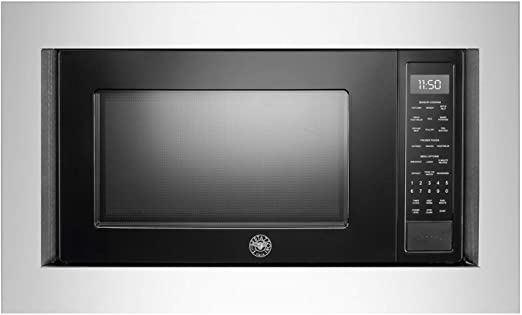 Bertazzoni Microwave 24inch in Black color showcased by Corbeil Electro Store