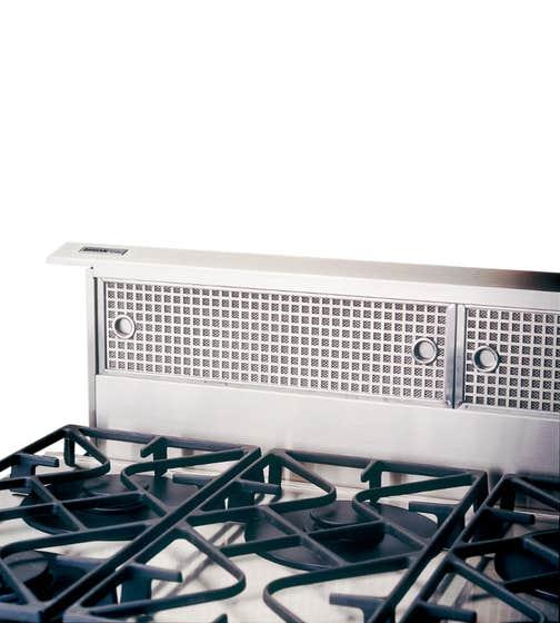 Broan Hotte 36 Acier Inoxydable RMDD3604EX en couleur Acier Inoxydable présenté par Corbeil Electro Store
